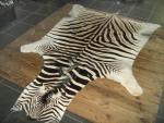 Декоративная шкура зебры