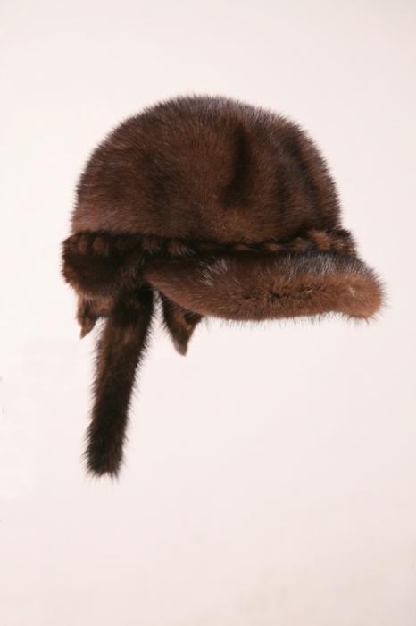 Меховые шапки на докукина