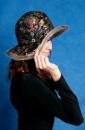 продажа,головные уборы,шапки женские,из замши и кожи с отделкой мехом...